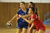 Andriyana Naumenko in partida de handbal feminin dintre CS Minaur si Crisul Chisineu-Cris din etapa a saptea a Diviziei A. PAUL URSACHI/UPFOTO